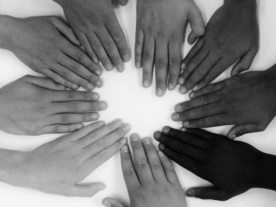 Mãos - todos por um é o jogo